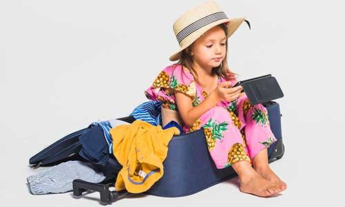 consejos para viajar con niños como organizar maletas