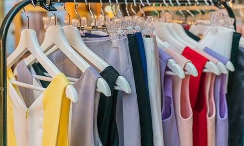 ropa en poco espacio