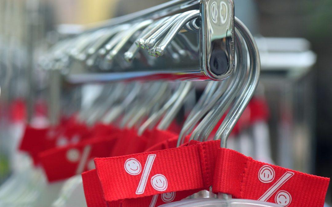 Alquiler de un trastero en el centro para organizar tu armario tras las rebajas.